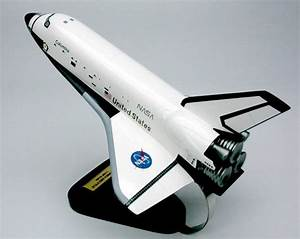 NASA - Space Shuttle Columbia - 1/100 Scale Mahogany Model