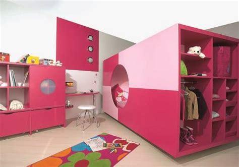 commode bureau escamotable aménager une chambre pour deux enfants miliboo