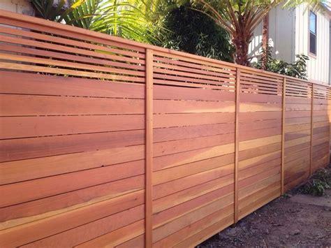 Wood Fence Horizontal Top