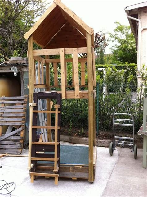 ideas for pallets 13 pallet ideas for kids room and furniture 101 pallets
