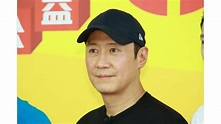 Leon Lai climbs 50 storeys for charity - Toggle