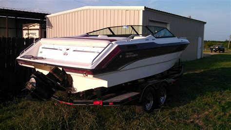 Chaparral Boats Past Models by Chaparral 2300 Sport 1990 For Sale For 3 500 Boats From