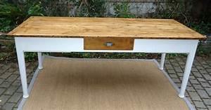 Table Cuisine Rectangulaire : belle grande table rectangulaire avec 3 tiroirs et une tablette coulissante ~ Teatrodelosmanantiales.com Idées de Décoration