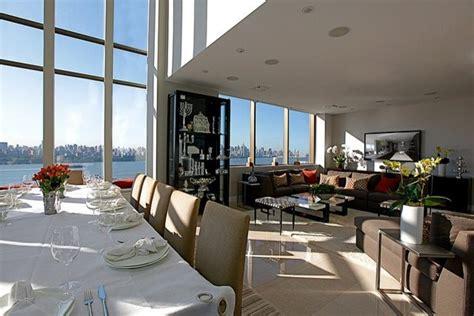 Penthouse Dining Room   Lounge Area
