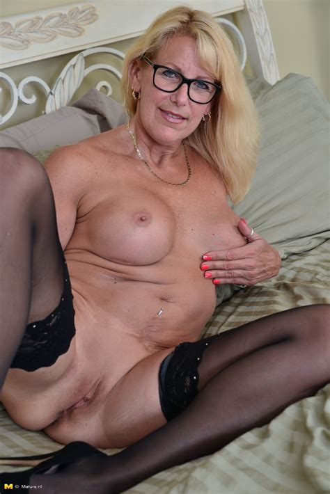 Canadian Housewife In Glasses Strips Down To Stockings And