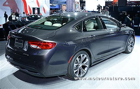 Chrysler 200 Comes Standard With Nine Speeds Transmission