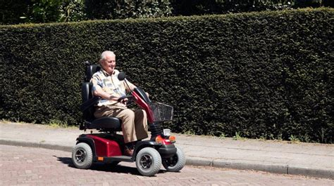 The Best Ways Senior Citizens Can Enjoy A Mobility Scooter
