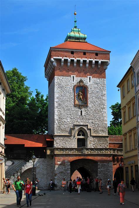 Brama Floriańska - Zabytki Krakowa