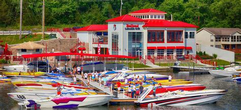 Performance Boats Lake Of The Ozarks by Cigarette Rendezvous Pulls In Record Setting Fleet