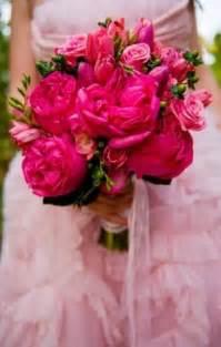 pink wedding flowers pink wedding pink wedding bouquets 796518 weddbook