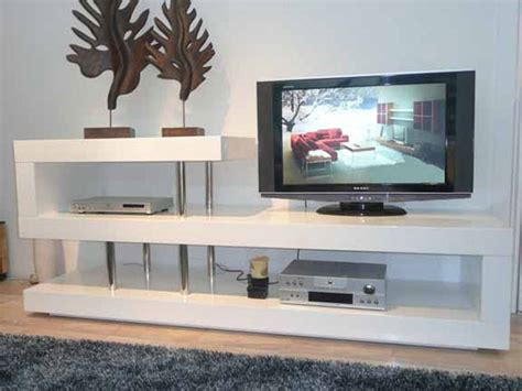 modern white lacquer tv stand