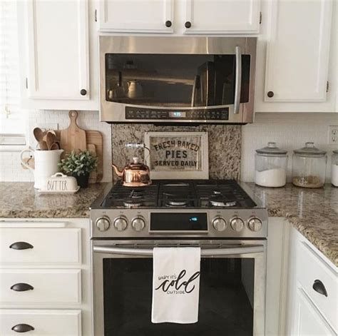 photos of kitchen cabinets designs 25 best ideas about granite cutting board on 7425