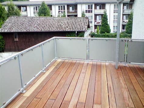balkongeländer aus glas balkongel 228 nder aus glas oder metall bei k 246 ln balkon