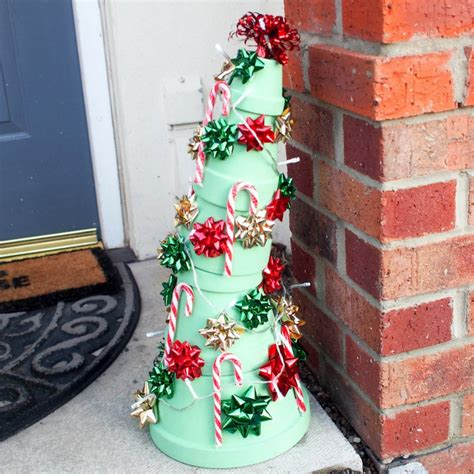 grinch inspired decorating whoville tree inspired by how the grinch stole in the madhouse