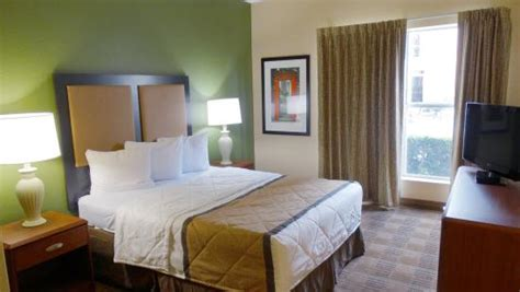 bedroom suite picture  extended stay america