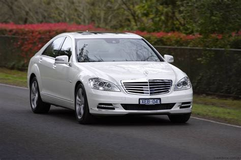 When the s63 amg was introduced, it was aimed directly at those who preferred to sit behind the wheel. 2009 Mercedes-Benz S-Class - Photos (1 of 23)