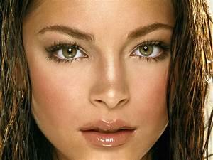 World News: Top 10 Most Beautiful Eyes