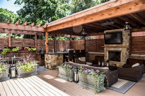 Deck Features Zones For Entertainment, Cooking, Relaxing