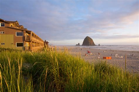 cannon beach oregon surfsand resort