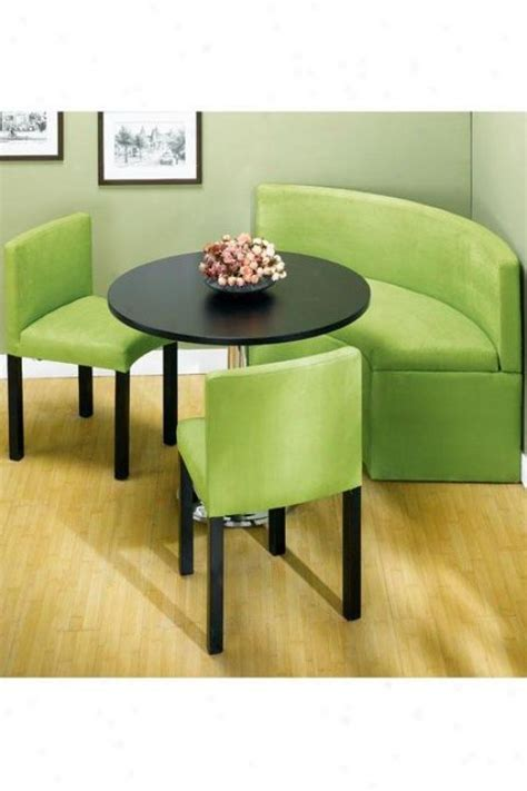 Dining Set for small spaces   I like this for a breakfast