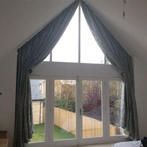 curtains triangular window search window