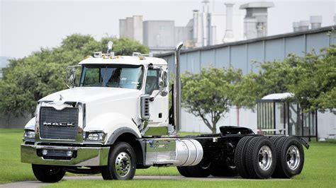 mack trucks  lay    lehigh valley plant