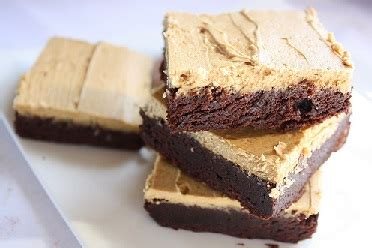 Each creamy dark chocolate shell gives way to a sweet liquid coffee center that will have java fans jumping for joy. Iowa Coffee Company Liqueur Brownies - Mississippi River Distilling Company