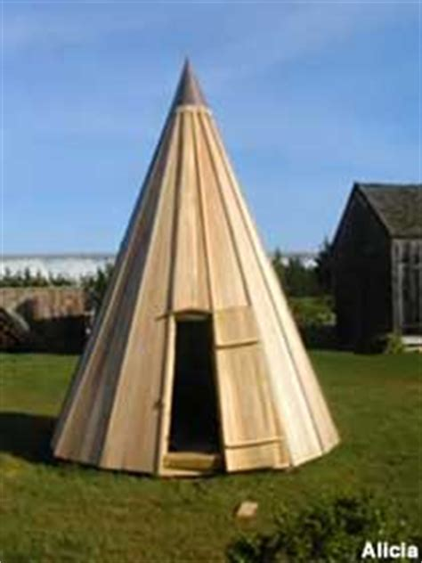 center moriches ny wooden teepee  amusement