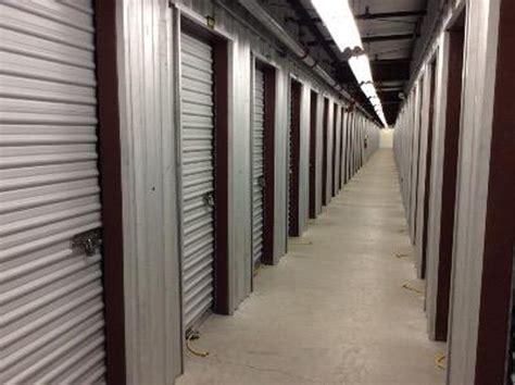 Boat Store Hudson Nh by Storage Near Hudson Nashua Nh Rent Storage Units 302