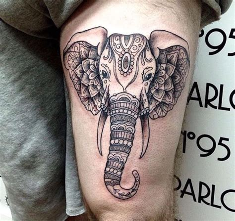 idees tattoo cuisse  tatouages de caractere