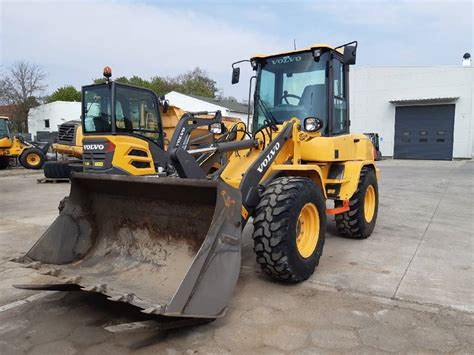 volvo lg skid steer loaders construction equipment volvo ce emea  equipment