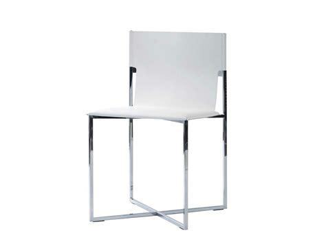 chaise en cuir fyn by roche bobois