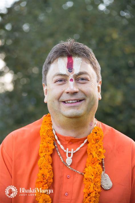 paramahamsa sri swami vishwananda bhakti marga