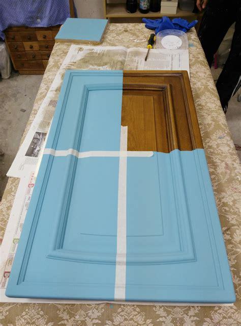 Verniciare Cucina In Legno verniciare le ante di un mobile con la vintage paint