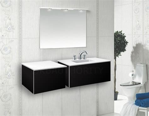 Robern Vf24pdclpwm V14 24 Inch Vanity W/ Center Sink