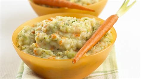 Recetë për bebe 8+ muajsh: Pure me patate e brokoli