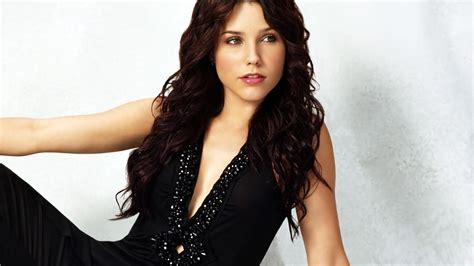 Sophia Bush Wallpapers High Resolution And Quality Download