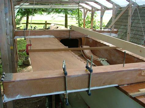 building   main hull part  beams cockpit