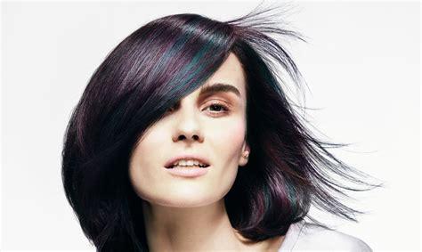 Četras idejas matu krāsu izvēlei, kuras izmēģināt šajā ...