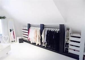 Rangement Sous Le Lit : un dressing mansarde des id es cr atives pour l 39 usage efficace de l 39 espace disponible ~ Farleysfitness.com Idées de Décoration