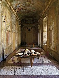 Curious Places: The Forgotten Palazzo (Milan/ Italy)
