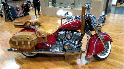 2014 Indian Chief Vintage Red With Accessoires Walkaround