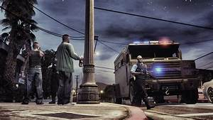 Grand Theft Auto V - LSPD talking to gang members by ...