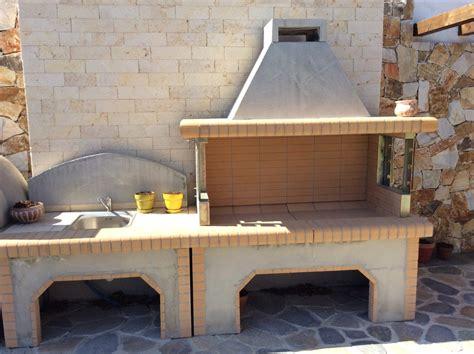 lavello in muratura barbecue e lavello in muratura con un esempio di berbecue