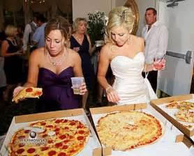 pizza wedding wedding pics that 39 ll make smile or shake your team jimmy joe
