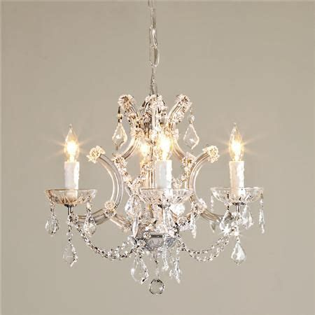 Mini Chandeliers For Bedrooms by 1000 Ideas About Mini Chandelier On Bathroom