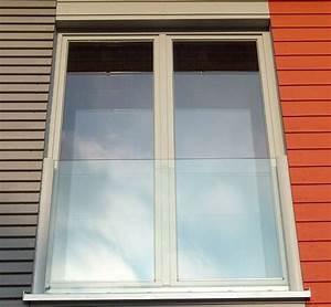 franzosischer balkon balkonfenster und jalousie With französischer balkon mit sichtschutz garten winddurchlässig