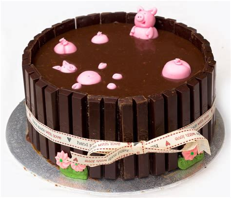 pig  mud ideas  pinterest pig cakes pigs