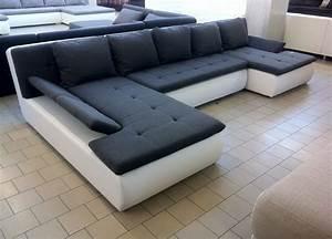 Couch In U Form Günstig : couchdiscounter qualit t auswahl service und g nstige preise ~ Bigdaddyawards.com Haus und Dekorationen