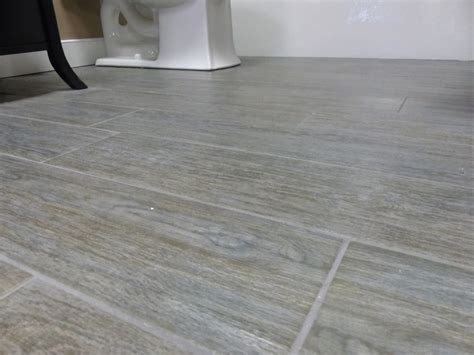 wood grain porcelain tile wood grain ceramic and vinyl in tiles and planks rj tilley